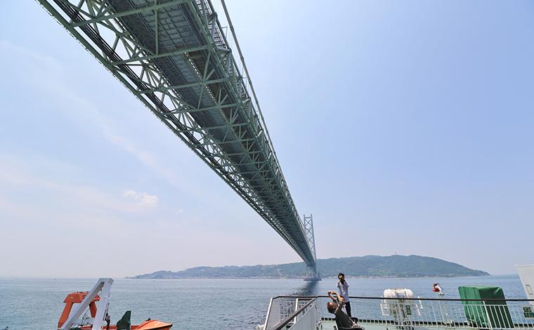 【11:30】最初の絶景ポイント「明石海峡大橋」!1