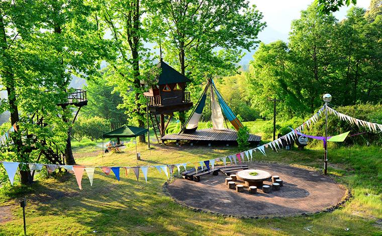 レトロなキャンプ場をリノベーションした森の楽園 「バルンバルンの森」(大分)1