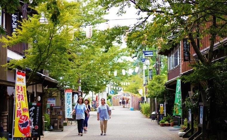絶景ドライブの後は阿蘇神社&門前仲町散策でランチもどうぞ2