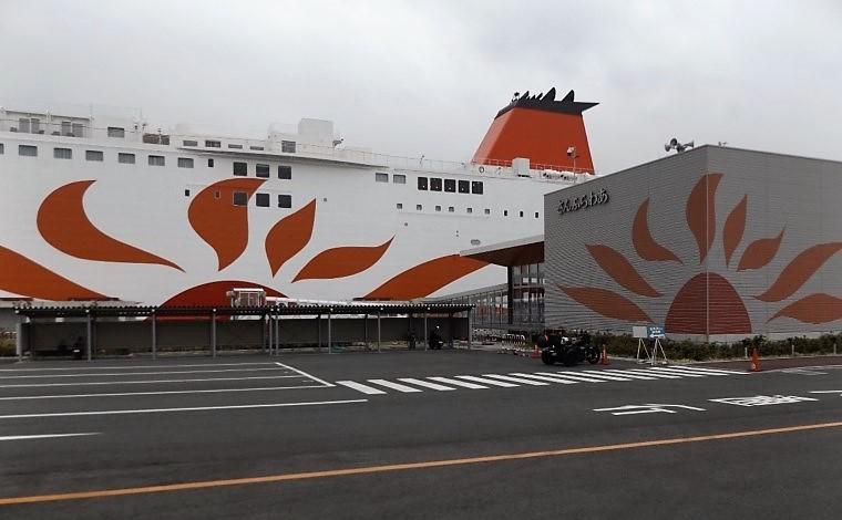 広さと開放感あふれる船1