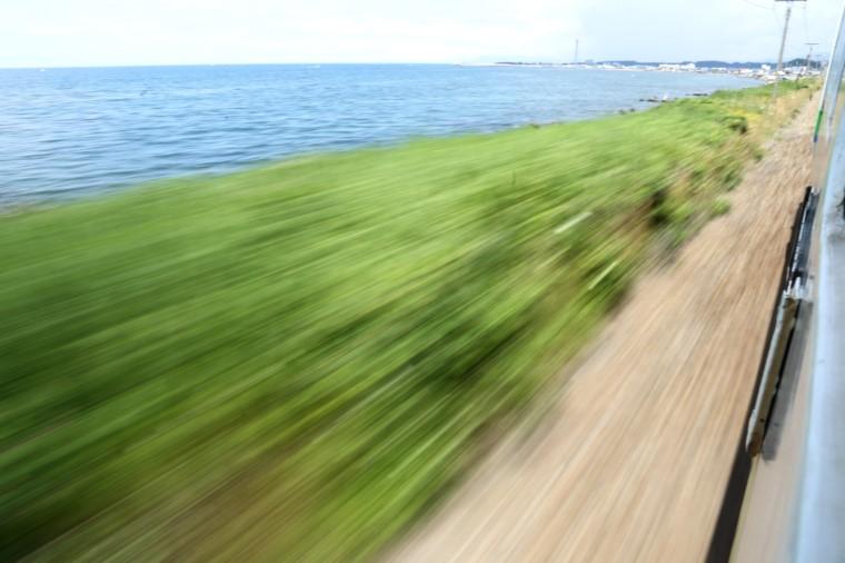 夏の海を眺めて1