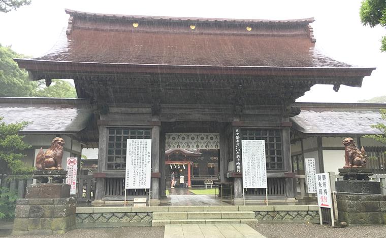 1200年近い歴史を持つ「大洗磯前神社」と、「神磯の鳥居」3