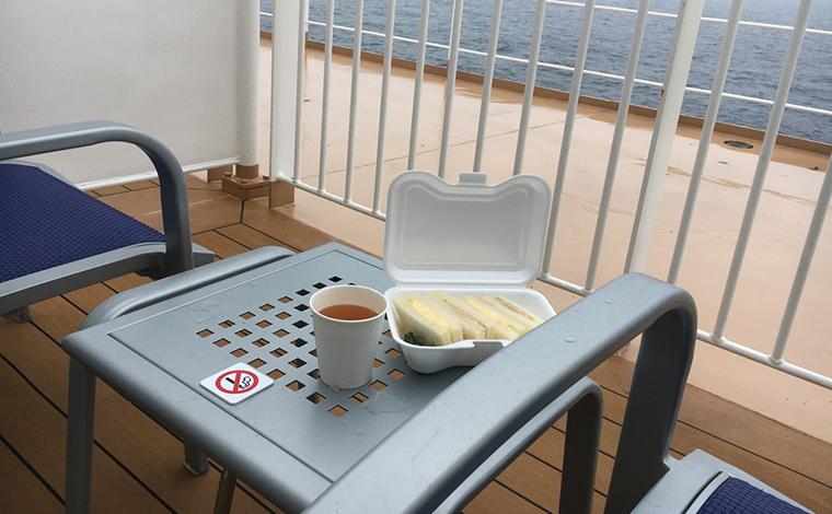 朝も慌てなくて良い、お昼までの船旅。二度寝と朝食をのんびり楽しみます3