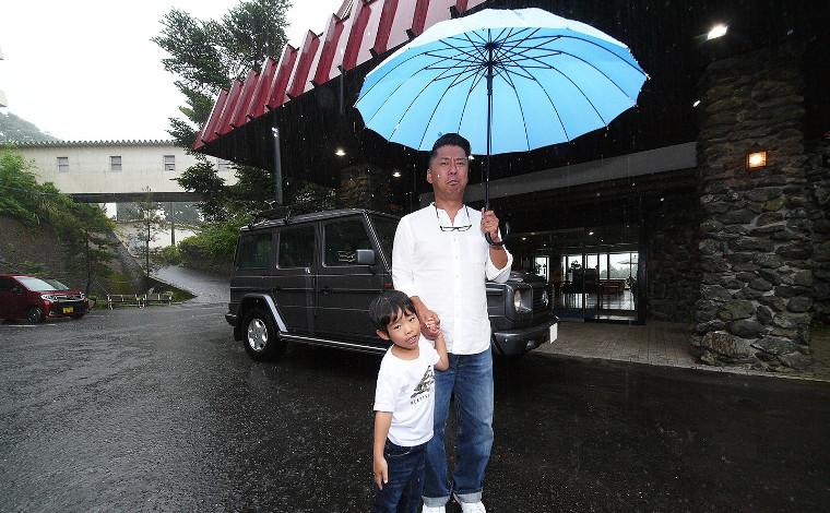 桜島を眺めながら浸かれる露天風呂温泉「天テラス」1