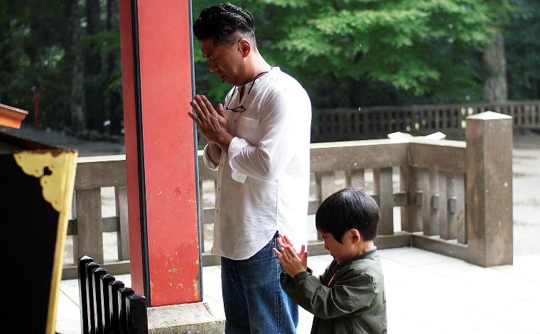 「霧島神宮」で前途の無事を祈る3