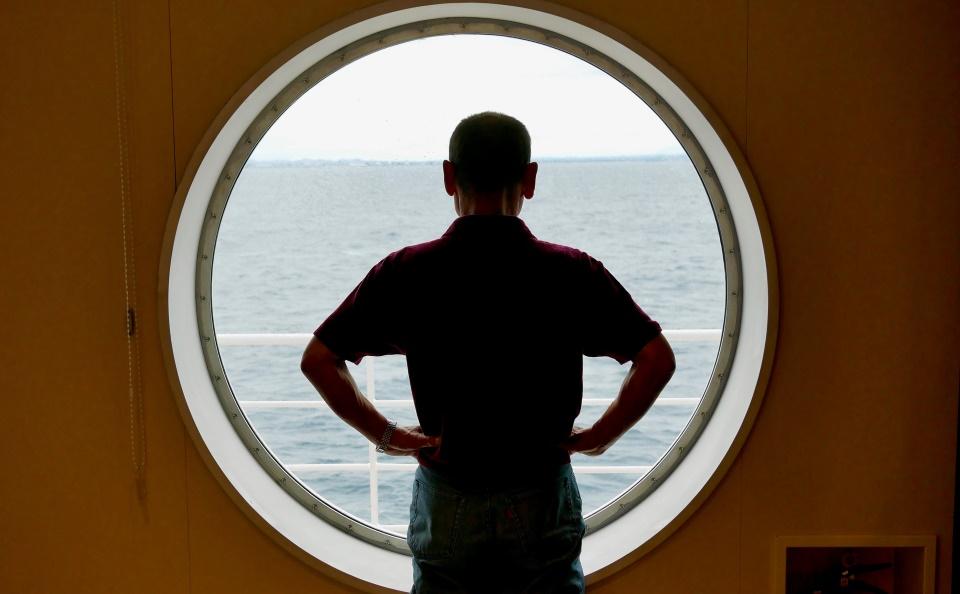 第3回 開運旅の達人、大洗から「さんふらわあ さっぽろ」に乗る:旅の達人、船に乗るアイキャッチ