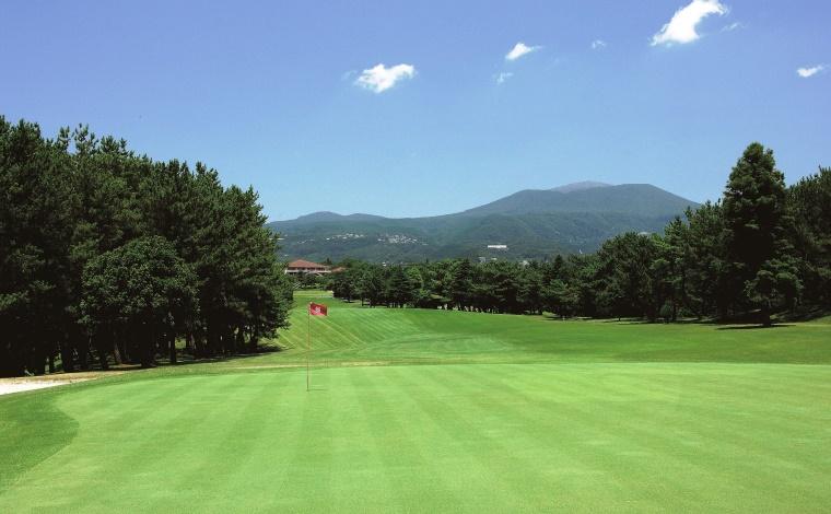 南九州一の老舗も外せない 「霧島ゴルフクラブ」2