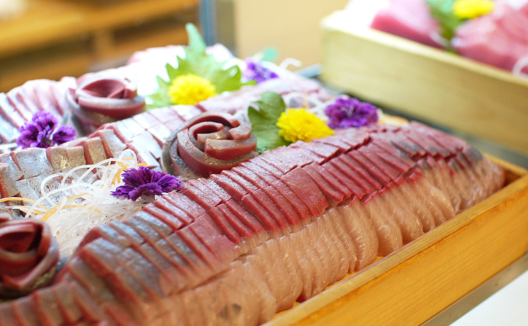 レストランで九州・北海道のご当地グルメを楽しもう!3