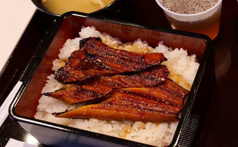 レストランで九州・北海道のご当地グルメを楽しもう!6