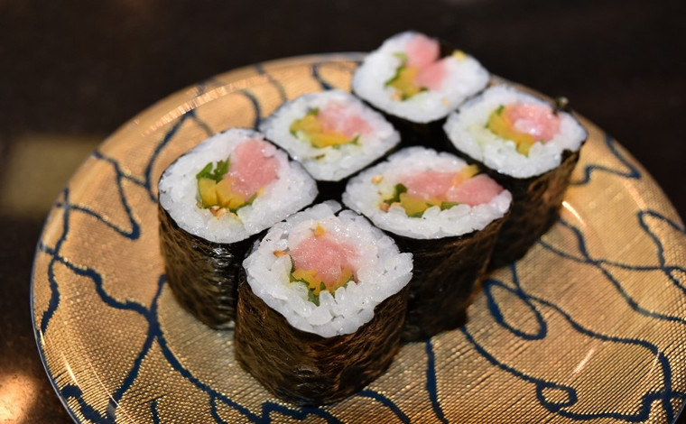 「回転寿司 なごやか亭」 こぼれいくらが有名な釧路生まれのお店7