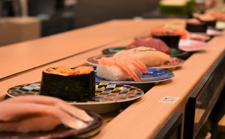 「回転寿司 なごやか亭」 こぼれいくらが有名な釧路生まれのお店11