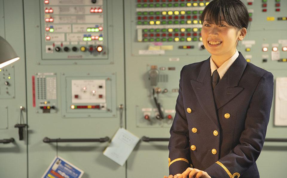 目指せ!女性キャプテン 新米三等航海士、大海原をゆく
