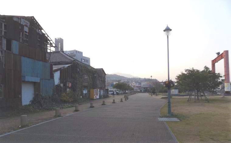 9年後に再訪した、かんたん港園。旧フェリーターミナルの建物は跡形もなくなっていた