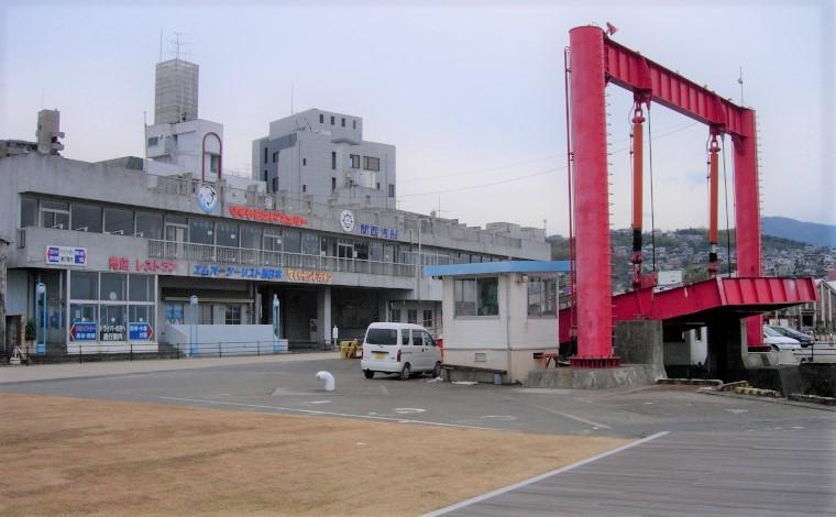 旧ターミナルの建物
