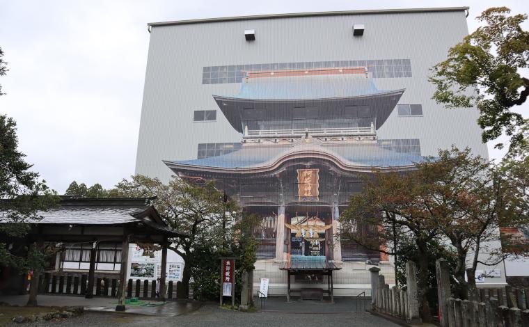 復旧工事中の阿蘇神社楼門