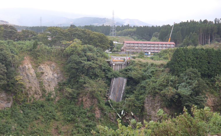 阿蘇大橋の震災遺構