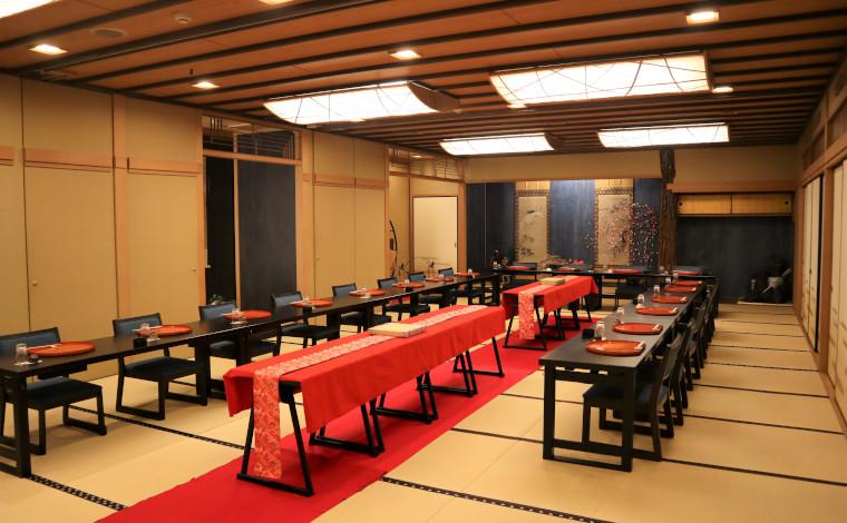 日本料理 おく村の2階広間