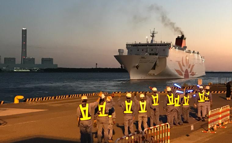 快適で楽しい船旅を満喫していただきたいと思いを込めて、お見送り